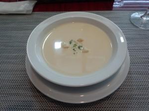 野菜のスープ (じゃがいも)