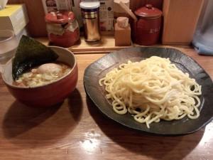 つけ麺 中盛 (330g)