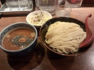 つけ麺 (中) + ちょこっと野菜