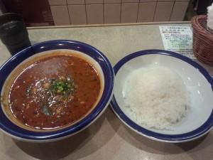 豆カレー (ルー大盛り, 辛さ 50 倍)