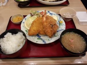 魚河岸フライ定食 (2013/12/17)