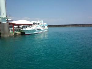 安座真港 (2)