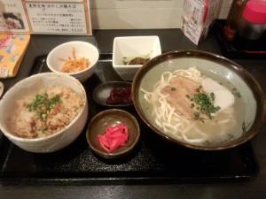 沖縄そば定食 (おきなわそばセット)