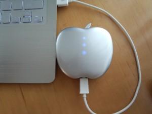 りんご型モバイルバッテリー POWER STYLE 6400 (5)