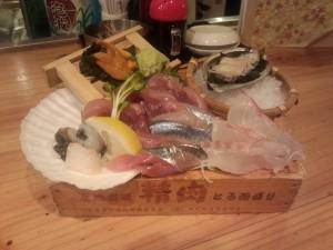 箱盛り鮮魚刺し