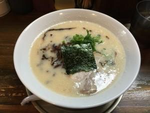 豚骨味噌 白髪ネギラーメン (1)