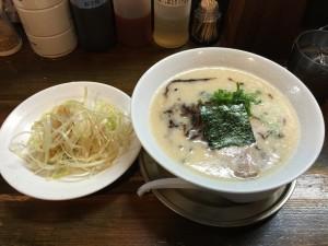 豚骨味噌 白髪ネギラーメン (2)