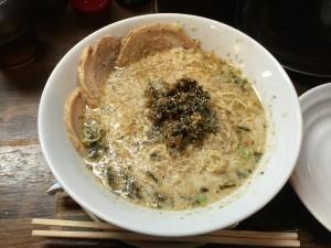 豚骨塩 チャーシューメン (3)