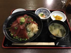 マグロづけ丼 (1)