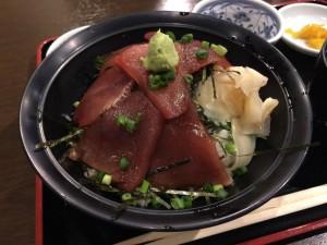 マグロづけ丼 (2)