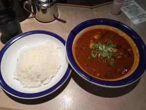 チキン豆カレー (ルー大盛り, 辛さ 70 倍)