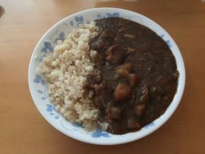 カレーライス (ハウス ザ・カリー) + あきたこまち (玄米)
