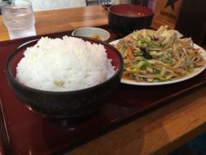 肉野菜炒め定食 (2)