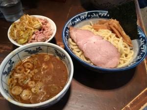つけ麺 (普通盛) + ミニ刻みチャーシュー丼